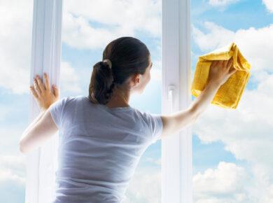 Czym czyścić ramy okien plastikowych z kleju?
